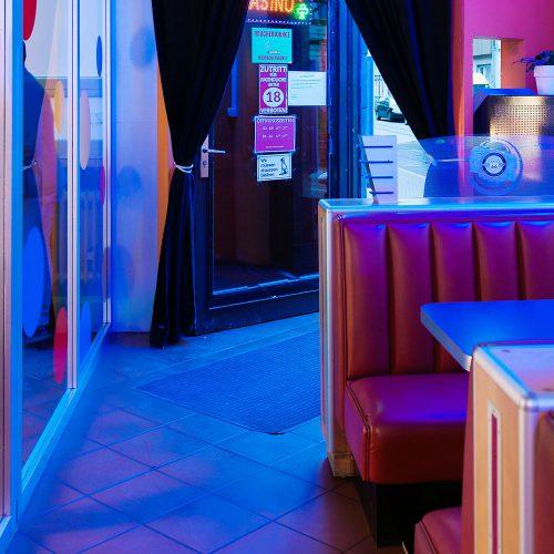 Call Net Cafe & Bistro